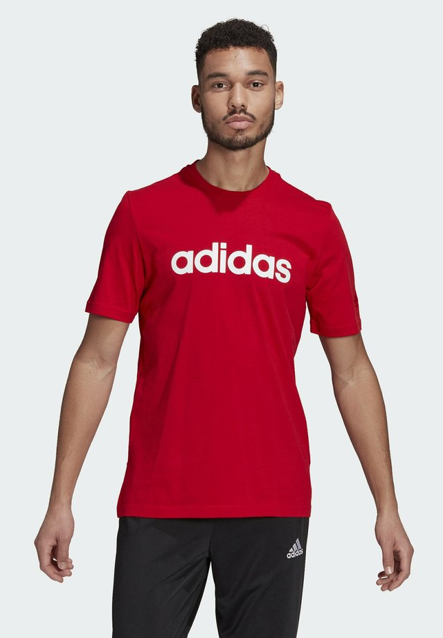 T-shirt con stampa - scarlet