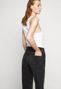 Agolde - RIPLEY - Jeansy Straight Leg - photogram - 4