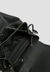 PULL&BEAR - Rucksack - black - 5