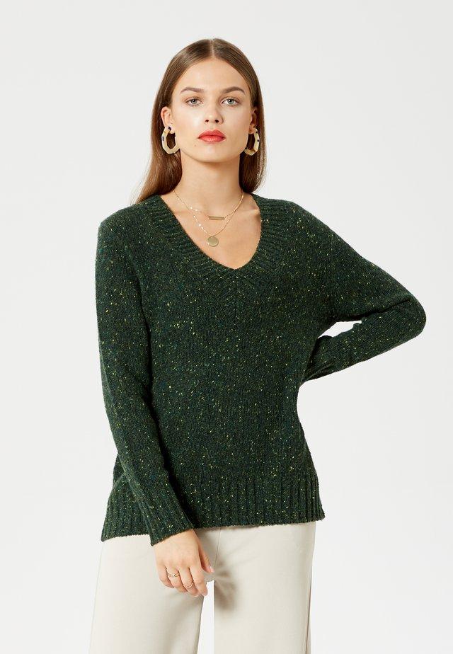 Pullover - grün melange