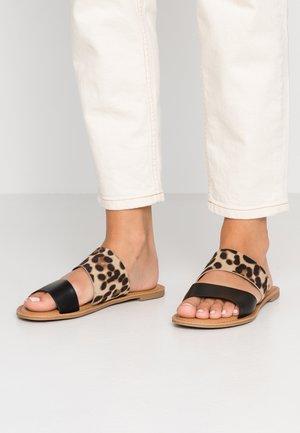 BROSNA VEGAN - Pantofle - brown/multicolor