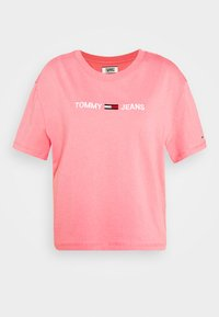 Tommy Jeans - MODERN LINEAR LOGO TEE - T-shirts med print - pink - 3