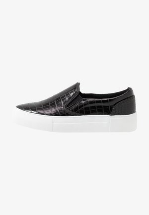 TRAINERS - Slip-ons - black
