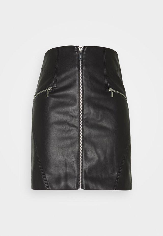 Falda acampanada - noir