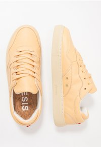 Genesis - SOLEY TUMBLED - Sneakers basse - wheat - 1