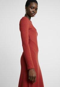 Zign - BASIC - Abito in maglia - red - 4