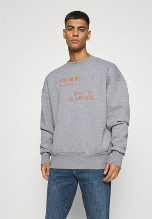 LOCUST BRANDED LOGO PRINT UNISEX - Sweatshirt - light grey