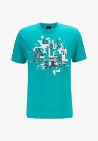 BOSS - TEE 2 - Print T-shirt - green - 3
