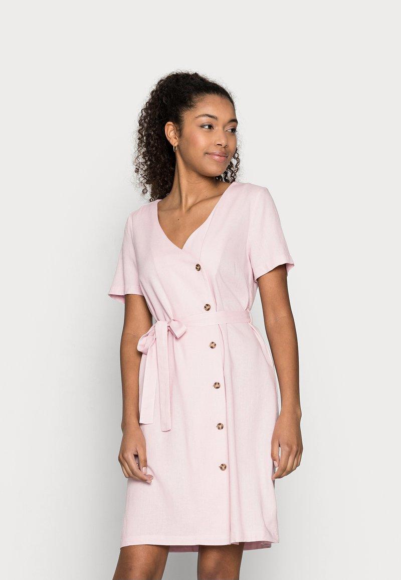 Vero Moda Petite - VMASTIMILO SHIRT DRESS - Day dress - roseate spoonbill