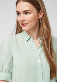 QS by s.Oliver - Button-down blouse - mint - 3