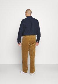 Polo Ralph Lauren Big & Tall - FLAT FRONT - Trousers - new ghurka - 2