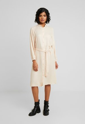 JANNU - Day dress - cocoon