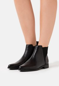 Tommy Jeans - ESSENTIAL POINTY CHELSEA - Ankle boot - black - 0