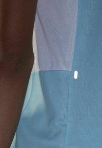 adidas Performance - STRIPES ITERATION T-SHIRT - T-shirts med print - blue - 5
