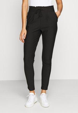 ONLPOPTRASH PINSTRIPE FRILL PANT - Kalhoty - black