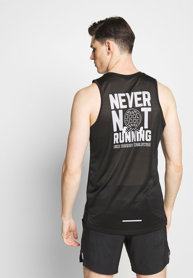Nike Performance - DRY MILER TANK - Camiseta de deporte - black/reflective silver