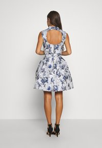 Chi Chi London Petite - CELOWEN DRESS - Sukienka koktajlowa - blue - 2