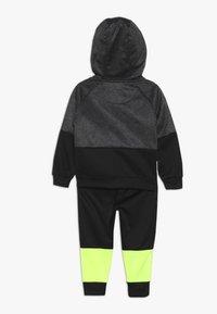 Nike Sportswear - BABY SET - Tracksuit - black/volt - 1