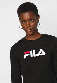 Fila Tall - MARCELINE LONG SLEEVED CROPPED - Long sleeved top - black - 4