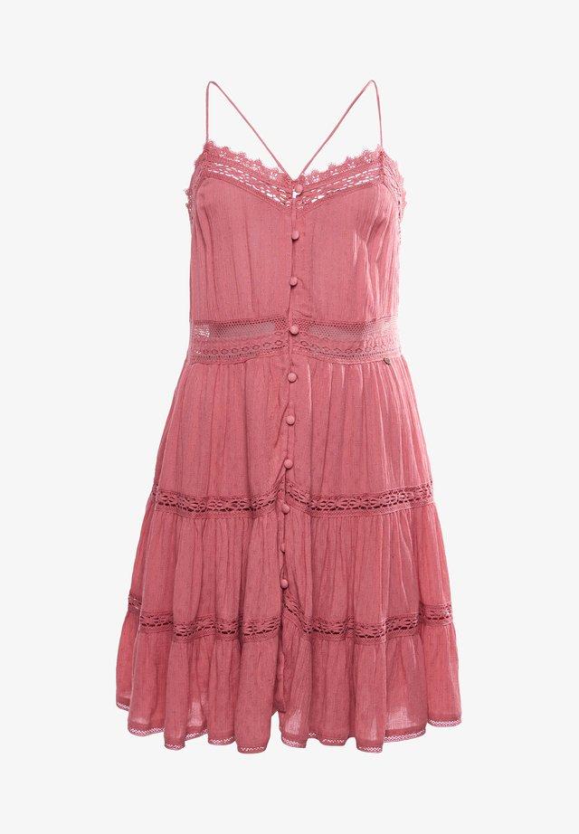 ALANA CAMI - Korte jurk - dusty rose