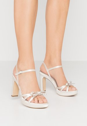 High heeled sandals - pearl