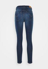 ONLY - ONLPAOLA LIFE - Jeans Skinny - dark blue denim - 8