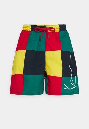 SIGNATURE RESORT UNISEX - Shorts - red