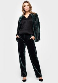 s.Oliver BLACK LABEL - Trousers - green - 1