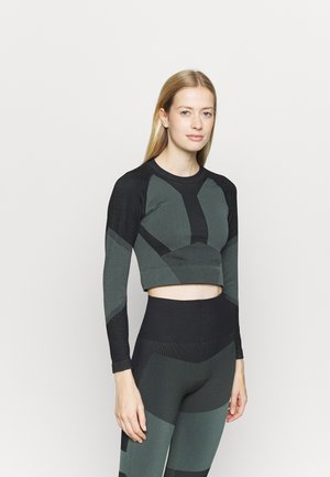 THE MOTION CROP - Long sleeved top - balsam