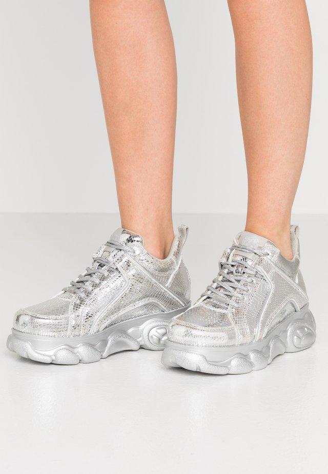 CORIN - Sneakers basse - silver