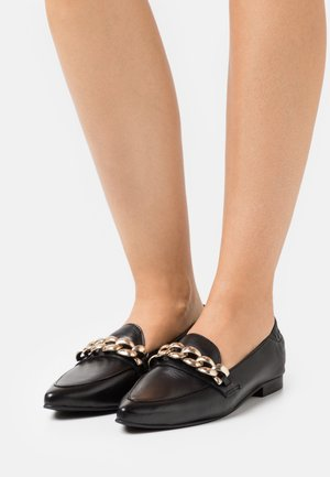 BIATRACEY CHAIN LOAFER - Slip-ons - black