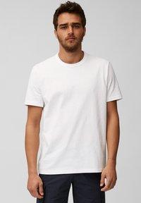Marc O'Polo - Basic T-shirt - white - 0