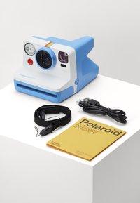 Polaroid - NOW - Camera - blue - 2