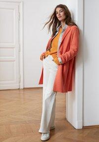 Oui - Classic coat - apricot - 4