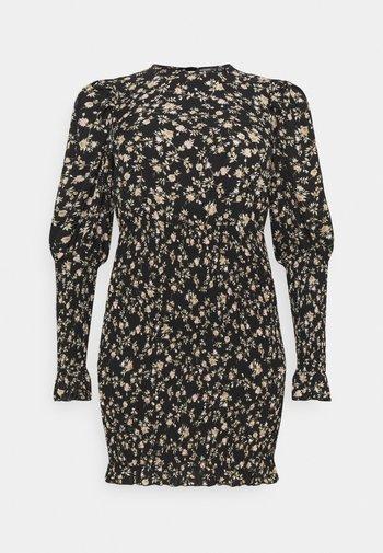 PLUS SHIRRED PUFF DRESS - Robe d'été - black