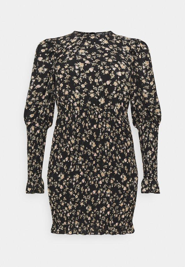PLUS SHIRRED PUFF DRESS - Sukienka letnia - black
