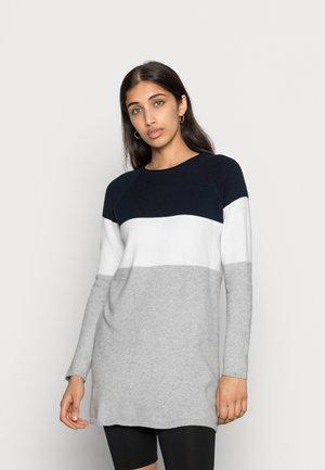 ONLLILLO DRESS  - Strikket kjole - night sky/w. white melange/lgm