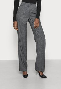 ONLY Tall - ONLPOPTRASH SUKI WIDE CHECK - Trousers - black - 0