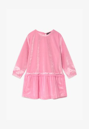 SMALL GIRLS - Cocktailjurk - prism pink