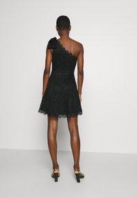 Guess - CELIA DRESS - Sukienka koktajlowa - jet black - 2