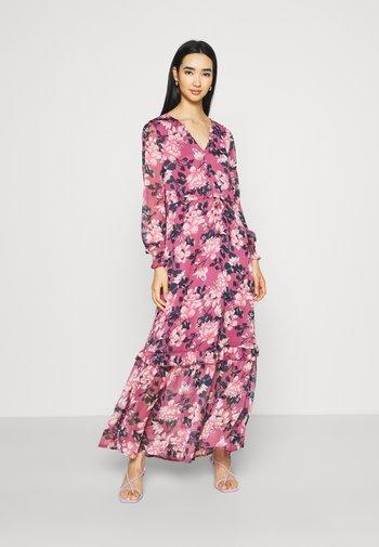 VIFALIA ANCLE DRESS - Maxi šaty - pink