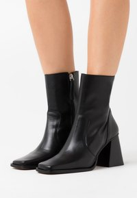 LAB - Classic ankle boots - black - 0