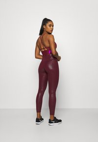 Nike Performance - INDY PRO MIRAGE BRA - Sport BH - dark beetroot/vivid purple/metallic silver - 2