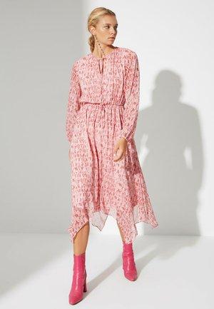 PARENT - Vestido informal - pink