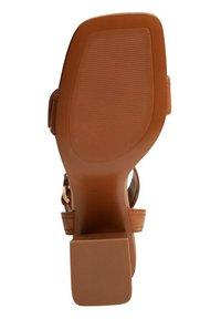 Mango - MORE - Sandals - halvbrun - 3