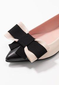 Pretty Ballerinas - Ballerina - delice - 2