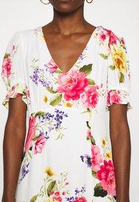 Dorothy Perkins - GEORGIA FLORAL TEA DRESS - Denní šaty - white - 5