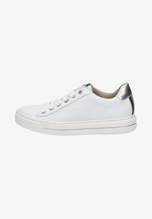 COURTYARD - Trainers - white