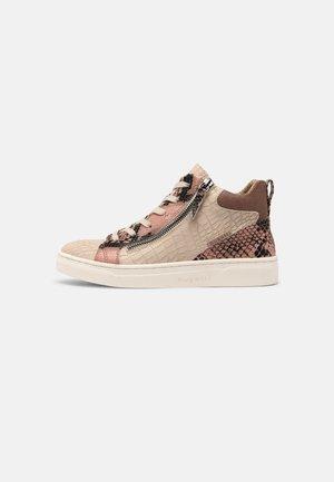 ELEA - Sneakers alte - reptile/beige
