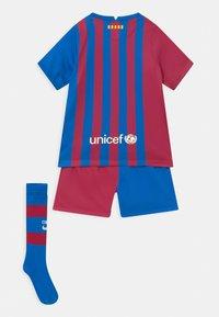 Nike Performance - FC BARCELONA SET UNISEX - Club wear - soar/noble red/pale ivory - 1